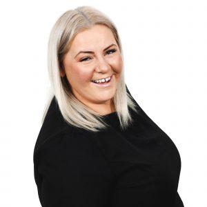 Kelly - Senior Nail Technician - Michelle Lawley